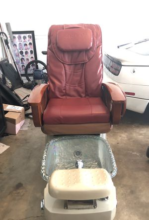 Pedicure and massage chair With remote for Sale in Manassas, VA