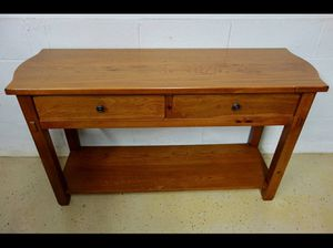 BROYHILL SOLID OAK Sideboard Table TV Stand - Excellent Condition - ($250 or best offer) for Sale, used for sale  NJ, US