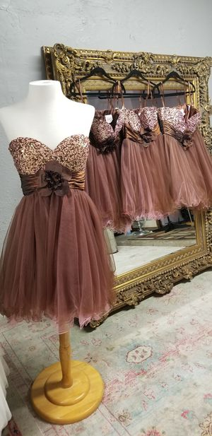 Short brown and pink quinceanera prom dress for Sale in Austin, TX