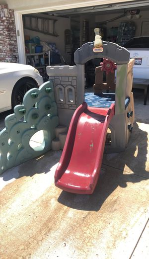 Outdoor play set (free) for Sale in Ontario, CA