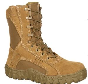 Rocky 6104 boots steel toe size 10 for Sale in Escondido, CA