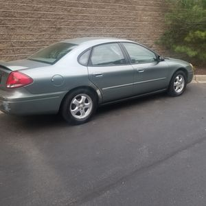 Great running car 2005 Ford Taurus for Sale in Baltimore, MD