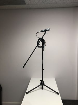 MICROPHONE and STAND .Cable included.Brand new for Sale in Doral, FL