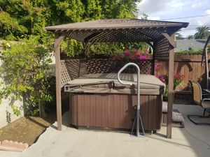 Hot tub jacuzzi with gazebo for Sale in Pasadena, CA