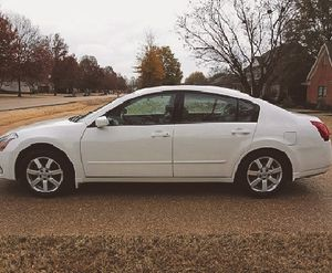 Immaculate! 2005 Nissan Maxima FWDWheels Excellent.:) for Sale in Chicago, IL