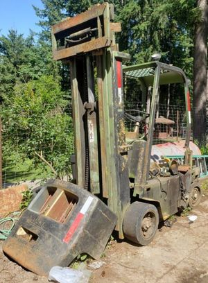 Clark forklift for parts offer up ! for Sale in Federal Way, WA