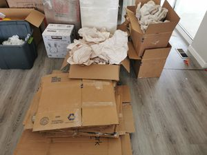 Free Moving boxes & Packing material for Sale in Erie, CO