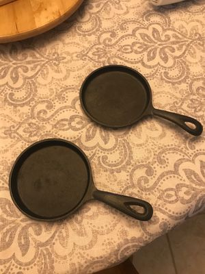 Cast iron cookie skillets for Sale in Morris, IL
