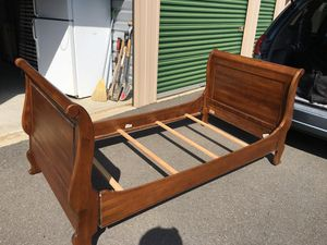 Ethan Allen Twin Bed Frame for Sale in Lansdowne, VA