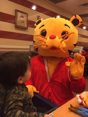 Daniel tiger costume for Sale in South Amboy, NJ