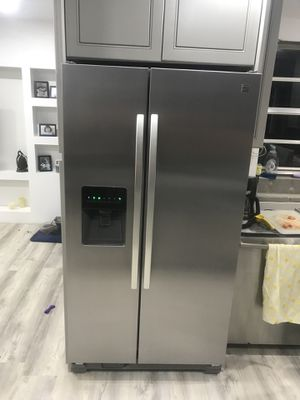 "36"" Kenmore Refrigerator Stainless steel for Sale in Orlando, FL"