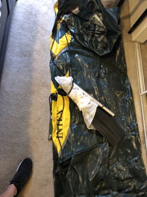Intex Inflatable Seahawk 4 Boat & Paddles for Sale in Los Angeles, CA