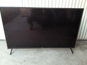 """55"""" 4k LG Smart Tv w/remote for Sale in Tacoma, WA"""