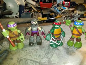 FULL SIZE ACTION AND SOUND ACTIVATED NINJA TURTLE ACTION FIGURES for Sale in Bakersfield, CA