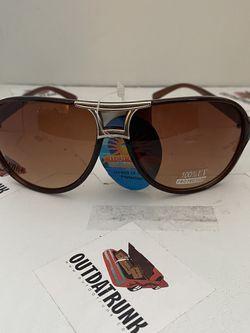Unisex brown plastic aviator sunglasses for Sale in Montgomery,  NJ