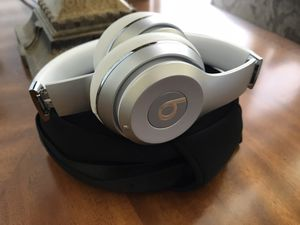 BEATS SOLO 3 for Sale in Issaquah, WA
