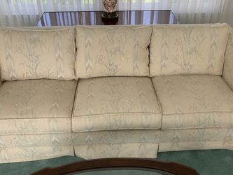 Sofa and loveseat for Sale in Simi Valley,  CA