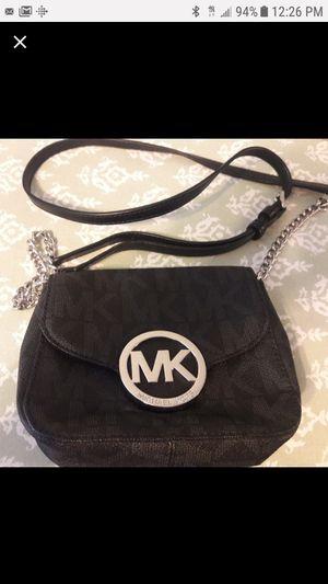 Michael Kors shoulder bag for Sale in Manchester, MO