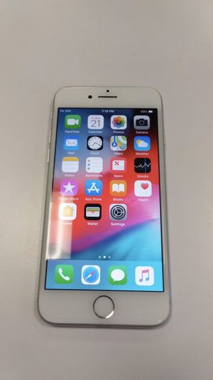 iPhone 8 Silver 256gb UNLOCKED for Sale in Davenport, FL