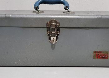 Vtg. c. '50's Union Super Steel Tool Box for Sale in Bunker Hill,  WV