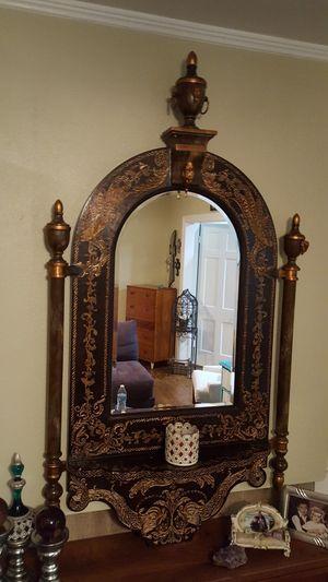 Muy bonito espejo grande for Sale in Dallas, TX