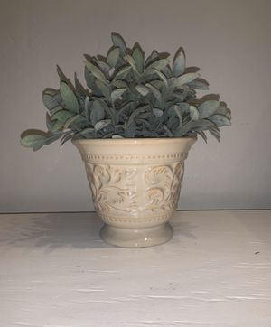 Farmhouse Plant Pot with Fake Plant Included for Sale in Tempe, AZ