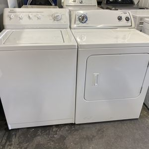 Kenmore Washer And Whirlpool Electric and Dryer can deliver for Sale in West Sacramento, CA