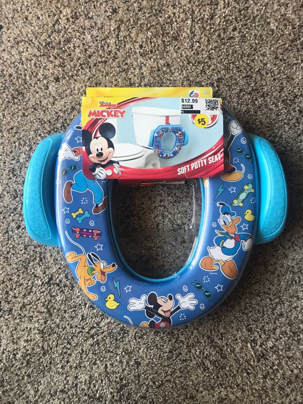 Disney soft potty seat NEW IN PACKAGE