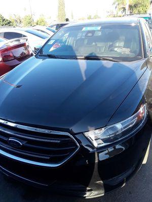 2015 Ford Taurus for Sale in San Bernardino, CA