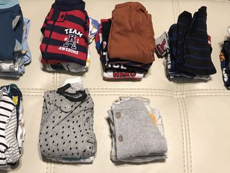 Newborn, 0-3,3-6,6-9 months Clothes, Hats, Mitten, And Wipe Warmer for Sale in Orlando,  FL