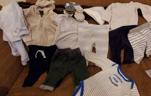16 pieces Baby clothes 0-3mos for Sale in Valley View, OH