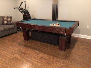 Used pool table with all accessories for Sale in Harrisonburg, VA