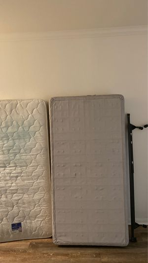 Twin Bed (Mattress, Box Spring, Rails) for Sale in Houston, TX