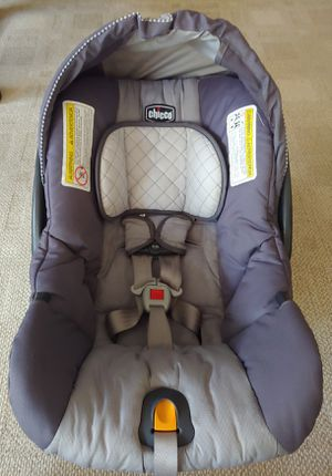 Chicco Key Fit 30 Carseat and base for Sale in Manchester, MO