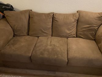Brown Microfiber Couch & Love Seat for Sale in Clackamas,  OR