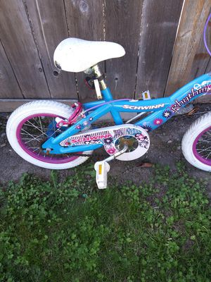 Little girl's Schwinn bike for Sale in Federal Way, WA
