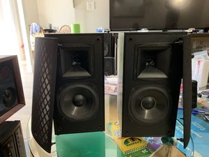 Klipsch SB 1 book shelf speakers for Sale in San Mateo, CA