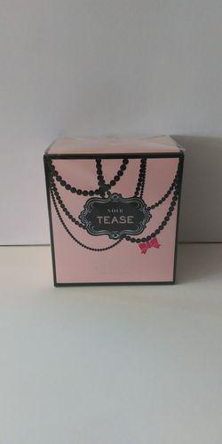 Victoria secret perfume for Sale in Haines City,  FL
