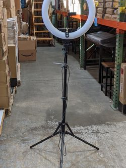 18 inch Ring Light with 3 Phone Holder Dimmable LED Photography/Videos Barbers Salon Makeup Artist for Sale in Ontario,  CA