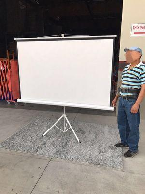 "Brand new 100"" portable projector screen 16:9 ratio wide screen with tripod pull up matte white for Sale in Montebello, CA"