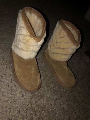 Ugg boots for Sale in Galloway, OH