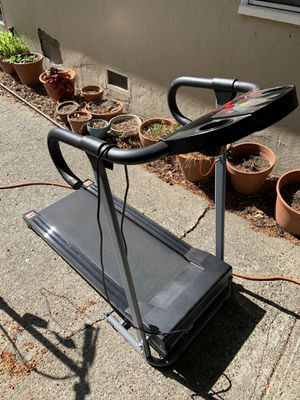 Treadmill electric for Sale in Kentfield, CA