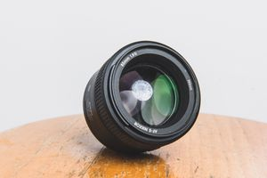 Nikon 85mm 1.8g AF-S Nikkor Lens for Sale in Riverview, FL
