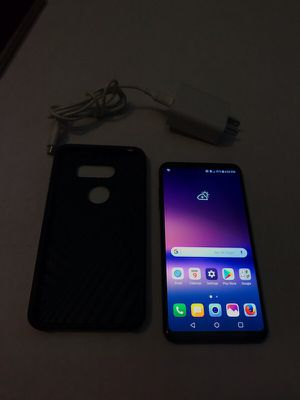 Unlocked Lg v30 Awesome phone read the post for Sale in Albany, NY