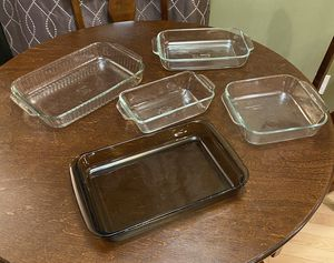 Lot of 5 various size Pyrex baking dishes/trays for Sale in Snohomish, WA