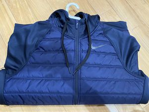 Nike men jacket size M for Sale in Garden Grove, CA