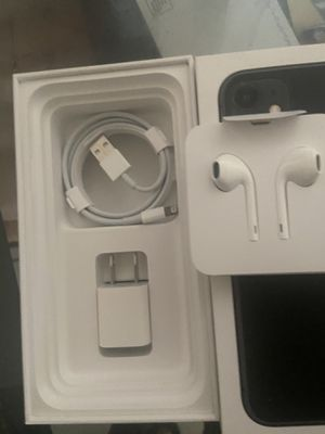 Apple headphones and charger brand new for Sale in Los Angeles, CA