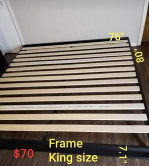 Platform bed frame king size new $70 for Sale in Modesto, CA