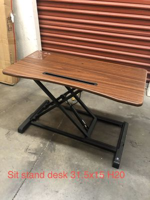 Sit stand desk for Sale in Las Vegas, NV