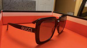 Gucci Rhinestone Sunglasses for Sale in Elizabeth, NJ